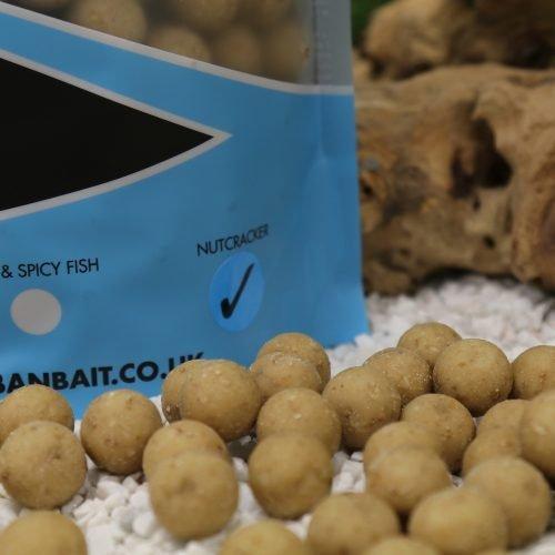 Urban Nutcracker 18mm Shelf 1kg